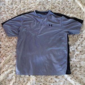Under armor men's gray T-shirt!